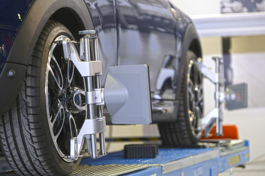 What's The Difference Between Wheel Balancing And Wheel Alignment In Kanata?